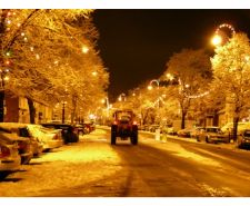 frodsham-main-street-december-2014-winter-snow-christmas-lights.jpg